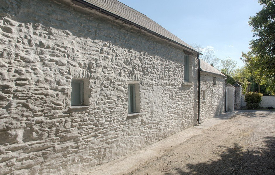 Limestone render finish